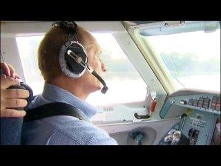Путин тушит пожар с самолета