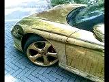 вот это тачка-вся в золоте!!!)XD