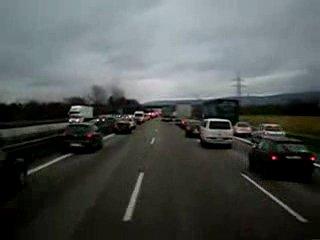 Как в Германии уступают дорогу скорой