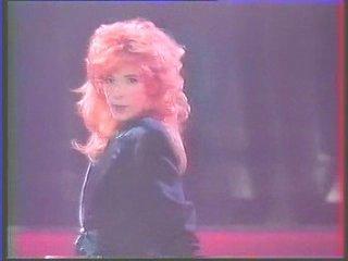 1988-04-29 Deshabillez-moi [Les Uns les Autres TF1]