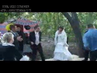 Колян танцует лучше всех,ахахахаааа) вот это Колян!!!