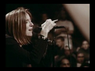 Portishead - glory box [live at roseland nyc 1997]