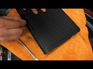Оклейка ноутбука пленкой карбоновой пленкой