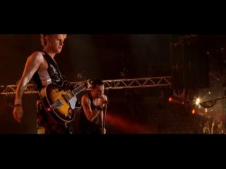 Depeche Mode - Personal Jesus (live in Barcelona), 2009