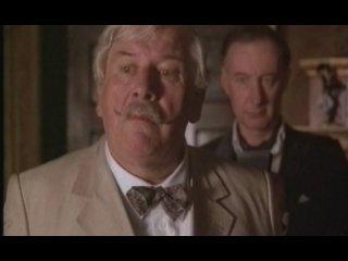 Загадка мертвеца (Пуаро Агаты Кристи) (1986)