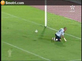 Вратарь пропустил самый нелепый гол в истории футбола