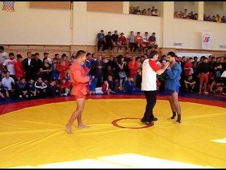 Юрий Черней на Чемпионате России по боевому самбо среди юниоров 2010 года.