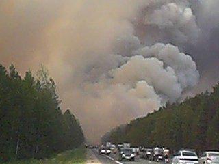 дымогон перекрыл дорогу ,пожар на кокшайском тракте