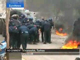 Kurds attack Turkgay Police !! FREE KuRdIsTaN