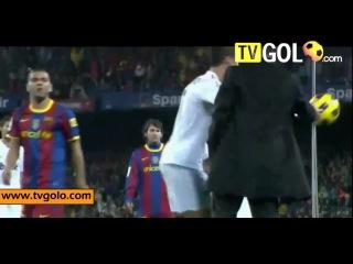 Смешные моменты в футболе часть 2 подборка 2010