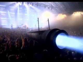 Арнольд Шварценеггер и  AC/DC - Big Gun  1993