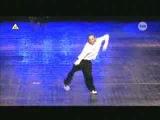 девочка 11 лет танцует очень хорошо