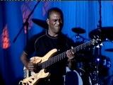 Scott Ambush Bass Solo- Wiggle Room (Spyro Gyra)