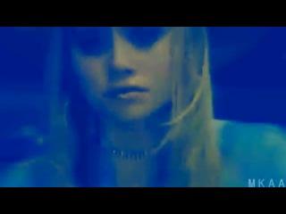 Mary-Kate and Ashley Olsen - Nothin' On You!