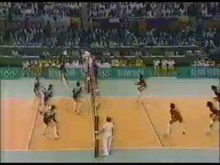 1988 год. Финальный матч женского волейбольного турнира XXIV Олимпиады. СССР - Перу 3:2