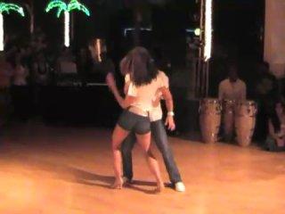 ♫ Puro Reggaeton – Xtreme - Te Extrano (бачача+сальса) ♫ танец страсти