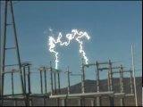 Электрическая дуга в разъединителе ЛЭП 500 кВ