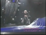 Britney Spears - Oops... I did it again/ (You drive me) Crazy (Live in Albany)