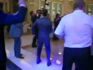 Медведев устроил в кремле техно вечеринку) 1