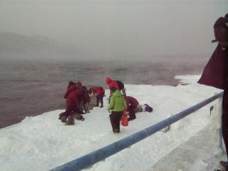 после купания в Байкале,  привет из Зимнего тура!