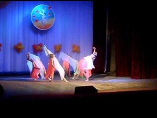 мои девчулички, мои красотулички танцуют)