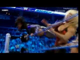 WWE SmackDown 08.04.2011 - Michelle McCool Layla vs. Kelly Kelly Beth Phoenix