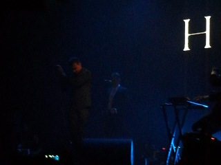 Начало концерта Hurts -  Intro + Unspoken + Silver Lining [live in Ekaterinburg] 03.04.2011