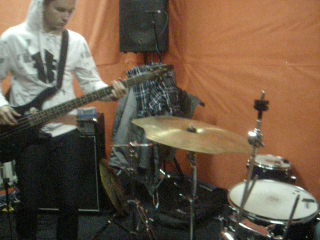 KUTKH ( post-metal )
