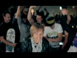David Guetta &ampamp Chris Willis ft Fergie &ampamp LMFAO - Gettin' Over You (Official videoclip).mp4