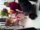 Бэкстейдж со съемки в Счастливых родителях. Жанетта с фиолетовым цветком на голове. в правом нижнем углу видео надо нажать на 3