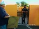 Criss Angel - Прохождение сквозь железные ворота