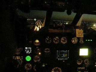 Посадка Ту-154 в Пулково на 28 правую