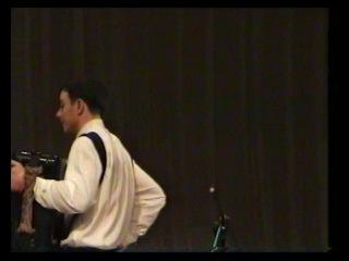 Александр Снесарь (баян, г.Новосибирск) играет