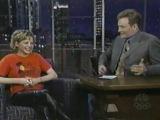 Мишель Уильямс на Шоу Конана О'Брайена, 1999