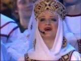 Золотая рожь да кудрявый лён, я влюблён в тебя, Россия, влюблён!