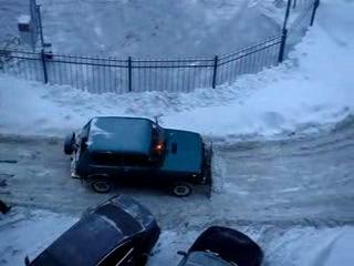 Спасение утопающих в снегу - дело