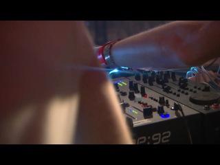53я секунда - я!)Sensation White 2010 Copenhagen/сказать что это было круто-это ничего не сказать ))