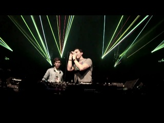 Tiësto & Hardwell live at Energy 2011, Jaarbeurs Utrecht, Holland playing their track