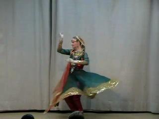 In Aankhon Ki Masti - Umrao Jaan