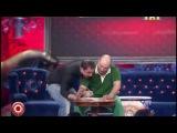 Камеди Клаб / Comedy Club. Демис Карибидис и Роман Юнусов - Поздравление начальнице.