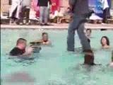 Criss Angel идёт по воде