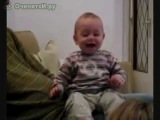 самый искренний и заразительный смех-это детский!!!)) Подними себе настроение...