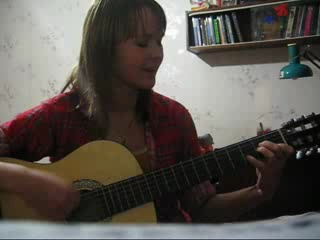 Девушка поет под гитару Потерянный Рай.3gp