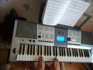 Ласковый май - Белые розы (Игра на синтезаторе)