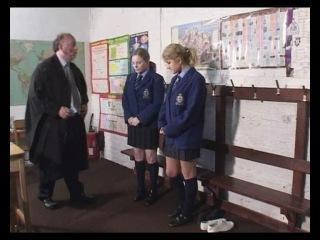 Порка школьниц в школе: учитель порет девушек розгами, паддлом за разные провинности. Часть 6.