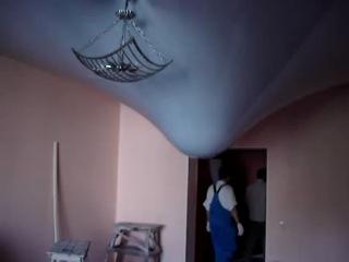 Натяжной потолок при затопе сверху!! (Ваш Комфорт)