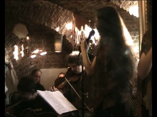 Bee Celtic - Fear A'Bhata and The Wild Mountain Thyme