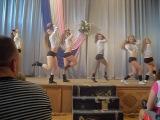 мы в школе танцуем