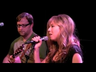 Jennette McCurdy 'Not That Far Away Live In Studio