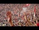 Спартаковские болельщики проникли на требуну ЦСКА, и украли у них красно синий флаг,Спартачи сожгли его под кричалку.Снимал я (Д
